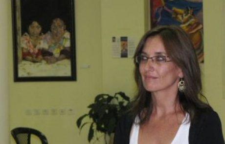 קלרי נצר – אמנית,מרצה בתחום נשים באמנות